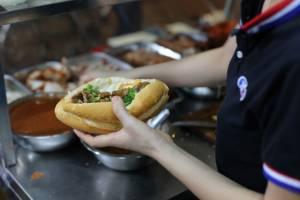 ban-mi-vietnam-steak
