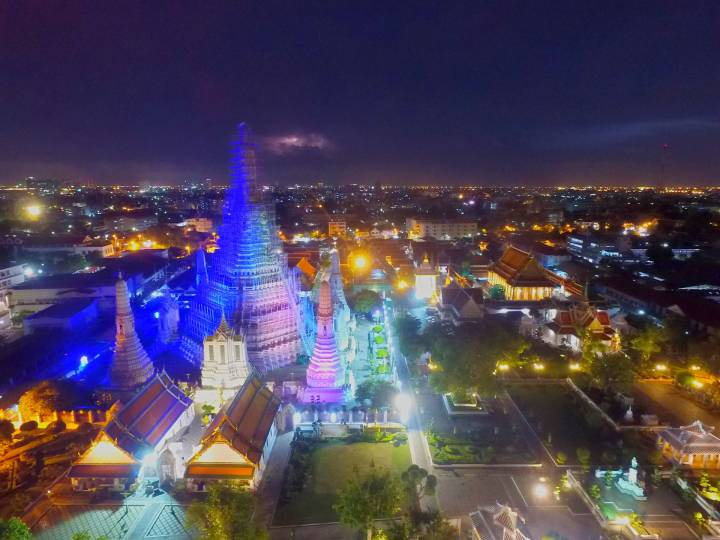 Bangkok Stock footage – 4k and HD – Floating markets, tuk tuks, and plenty of night-life